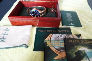 ROLEX 18K GOLD SUBMARINER 16618 2