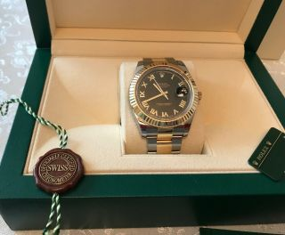 Rolex 116333 Date Just Ii Two Tone Black Dial With Gold Roman Numerals