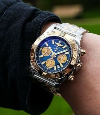 Breitling Chronomat 44 Steel & Gold - Metallica Blue