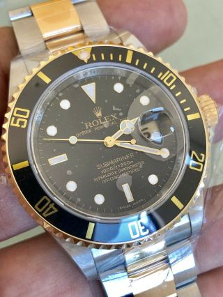 Rolex Submariner 18k/ss 16613 V Serial Engraved Rehaut