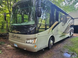 2011 Forest River Berkshire Bh 390