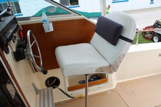 1983 Chris Craft 291 Catalina 15