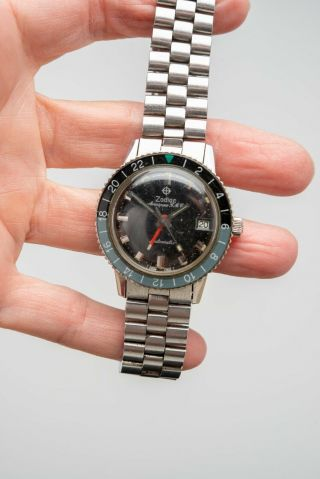 Vintage 1969 ZODIAC Aerospace GMT Watch Black Gray Bezel Automatic Space Craft 3