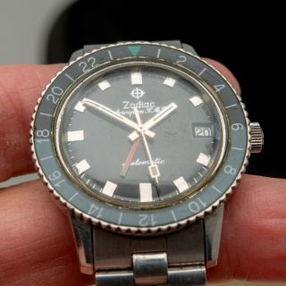 Vintage 1969 ZODIAC Aerospace GMT Watch Black Gray Bezel Automatic Space Craft 6