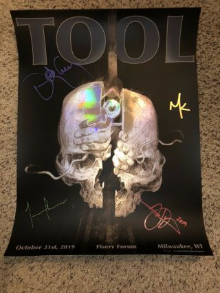 Tool Milwaukee Signed Poster 10/31/2019 - Rainbow Foil Ultra Rare 40/650