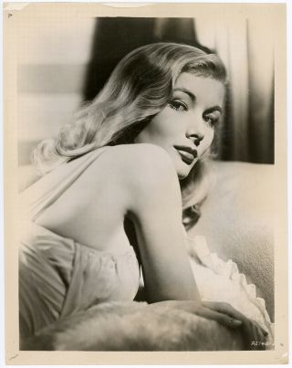 Sultry Femme Fatale Veronica Lake Vintage 1940s Hollywood Regency Photograph