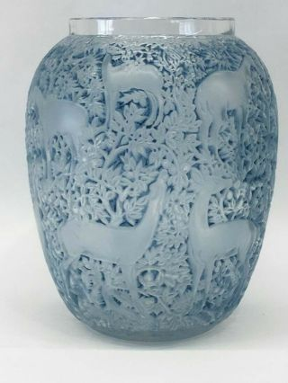 C1932 R Lalique Biches Deer Vase