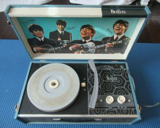 Beatles 1964 Beatles Phonograph Record Player In Great Shape