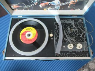 Beatles 1964 BEATLES PHONOGRAPH RECORD PLAYER IN GREAT SHAPE 2