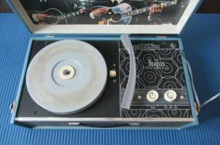 Beatles 1964 BEATLES PHONOGRAPH RECORD PLAYER IN GREAT SHAPE 4