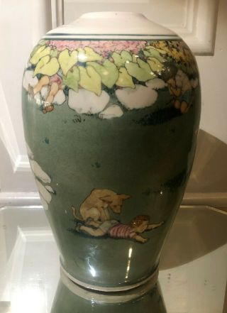 Large Eileen Richardson Ceramic Vase 2