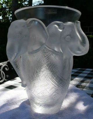 VERY rare and HUGE Lalique Vase,  Elephant Design, 7