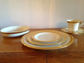 Rare Discontinued - Lenox China - Aristocrat - 6 - Piece Place Setting For 12