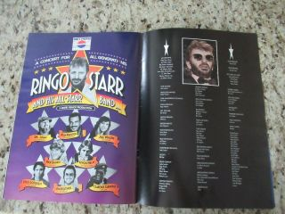 Beatles STUNNING RINGO STARR & BAND SIGNED 1989 U.  S.  TOUR PROGRAM FULL NAME 12