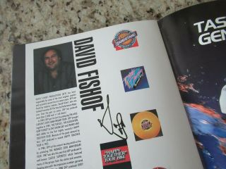 Beatles STUNNING RINGO STARR & BAND SIGNED 1989 U.  S.  TOUR PROGRAM FULL NAME 9