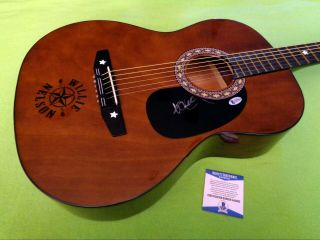 Willie Nelson Autographed Signed Guitar W/ Beckett (bas) -