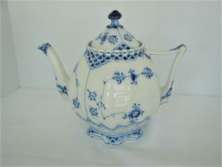 Royal Copenhagen Blue Fluted Full Lace Gargoyle Teapot 1117 1St Quality 11