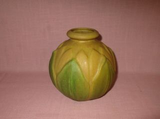Roseville Pottery American Arts & Crafts Matte Green Velmoss Leaf Vase 125 - 6 ""