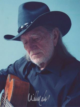 Autographed Willie Nelson Photo Signed,  3 Guitar Picks Country Music Usa