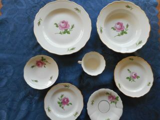 Meissen Pink Rose 7 Piece Place Setting Gold Trim X Sword
