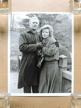 Edward Woodward With Melissa Sue Anderson Tv Portrait Photo 1987 The Equalizer