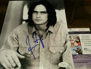 James Taylor Signed B&w 8x10 In Person.  Jsa Certified