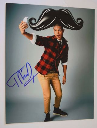 Trevor Noah Signed Autographed 11x14 Photo The Daily Show Vd