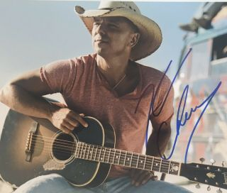 Kenny Chesney Signed Autograph 8x10 Color Photo