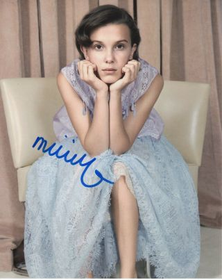 Millie Bobby Brown Stranger Things Signed Autographed 8x10 Photo M2189