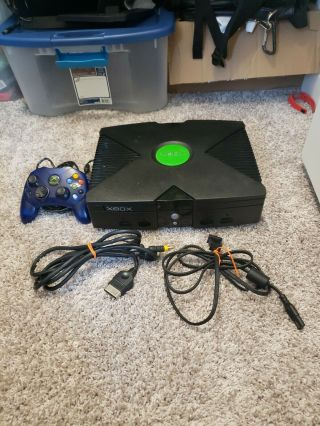And Origanal Xbox With All Cords And A Xbox Controller S