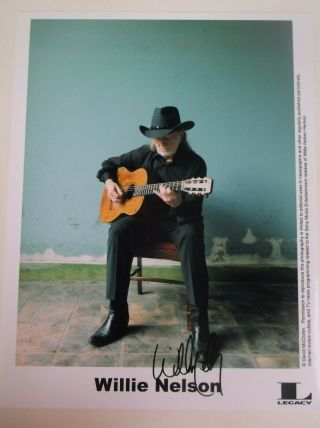 Willie Nelson Signed Photo W/guitar (from Telethon)