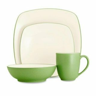 Colorwave 4 Piece Square Place Setting,  Green Apple,