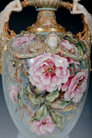 ROYAL WORCESTER - RAISE FLOWERS - SHAPE - W/ COVER 4