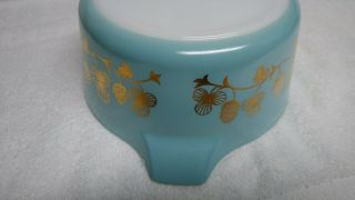 Rare Blue with gold clovers Pyrex casserole bowl number 475 B 2 1/2 quart 9