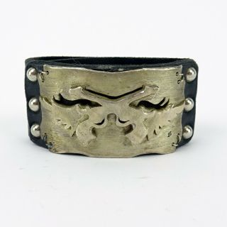 Miranda Lambert Unlabeled Black Leather Metal Crossed Guns Cuff