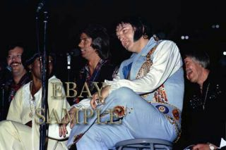 Elvis Presley Concert Photo 4909 Huntsville,  Al 9 - 06 - 76 Evening